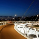 lighting - hovenring - circular cycle bridge - lamellae - fietsrotonde - eindhoven - deck